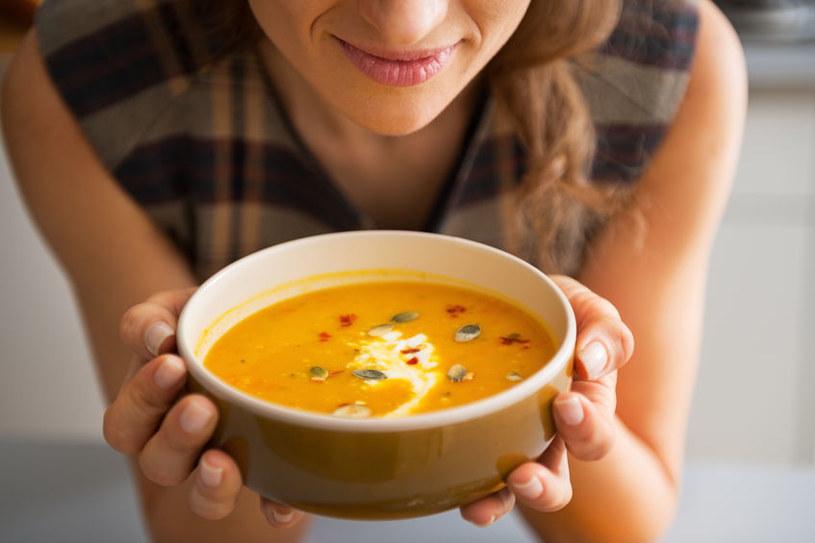 Zupy są bardzo pożywne /123RF/PICSEL