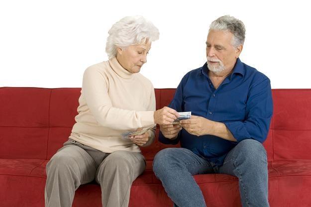ZUS wypłaci emerytom zaległe świadczenia wraz z odsetkami /©123RF/PICSEL