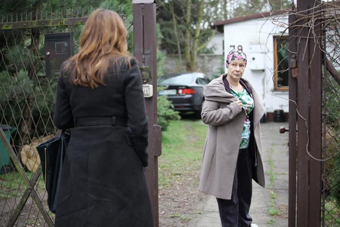 Zuza (Anita Sokołowska) odwiedza matkę. /Polsat