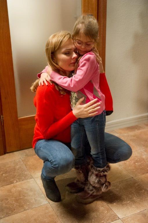 Zuza nie może pogodzić się ze stratą córki. /TVN