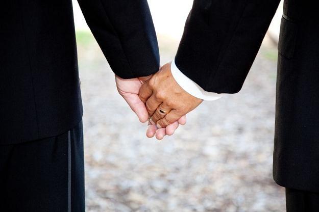 Związki homoseksualne zrównane w podatkach? /©123RF/PICSEL