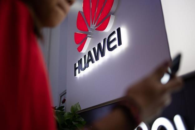 Związki Huawei z wojskiem i wywiadem są silne - CNBC /AFP