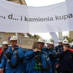 """Związkowcy do premier Kopacz: """"Nie płacz Ewka"""""""