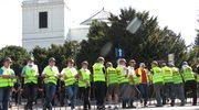Związkowcy Solidarności protestują przed Sejmem ws. emerytur