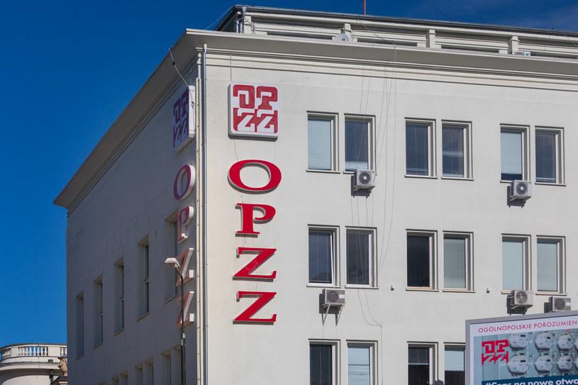 Związkowcy z OPZZ pozytywnie odbierają propozycje przedstawione przez rząd w Polskim Ładzie / Arkadiusz Ziolek /East News