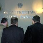 Związkowcy z Polfy Warszawa opuścili ministerstwo skarbu