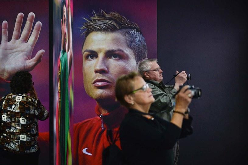 Zwiedzający w muzeum Cristiana Ronalda /AFP