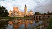 Zwiedzanie zamku w Krasiczynie
