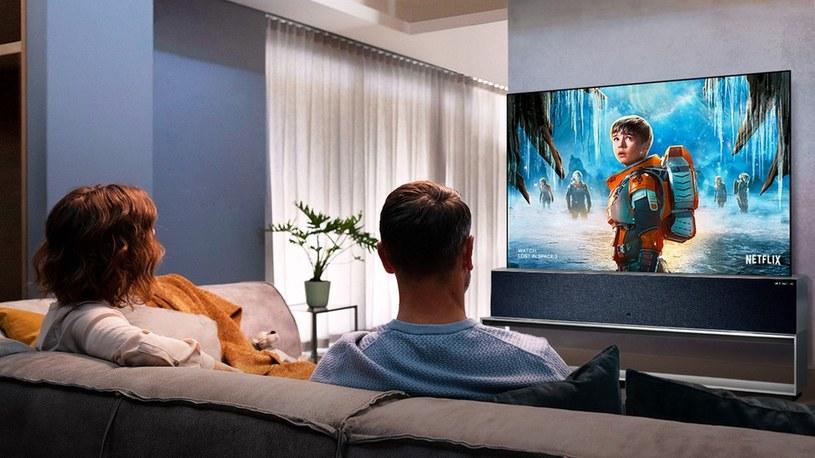 Zwijany OLED TV od LG w końcu trafia do sprzedaży, ale cena zwala z nóg /Geekweek