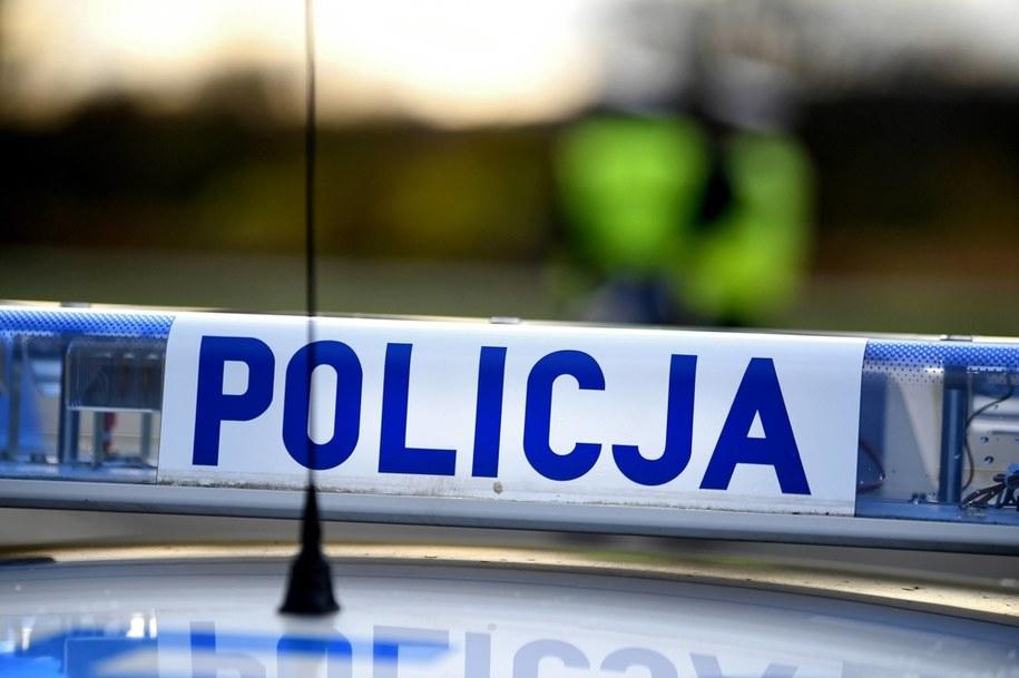 Zwłoki bez ręki i głowy znaleziono w jednym z domów w Świętokrzyskiem / Darek Delmanowicz    /PAP