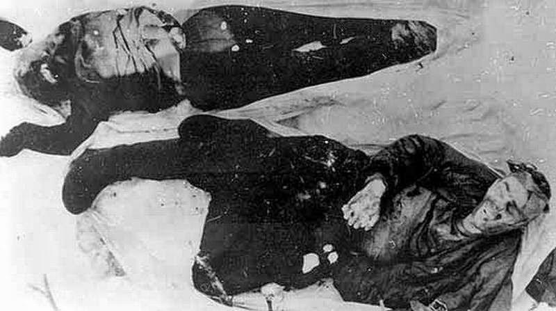 Zwłoki Georgija Krywoniszczenko i Jurija Doroszenko znalezione 1,5 km od obozu /Wikimedia Commons /materiały prasowe