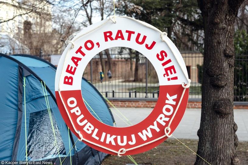 Zwolennicy KOD znowu protestują /Kacper Bierylo /East News