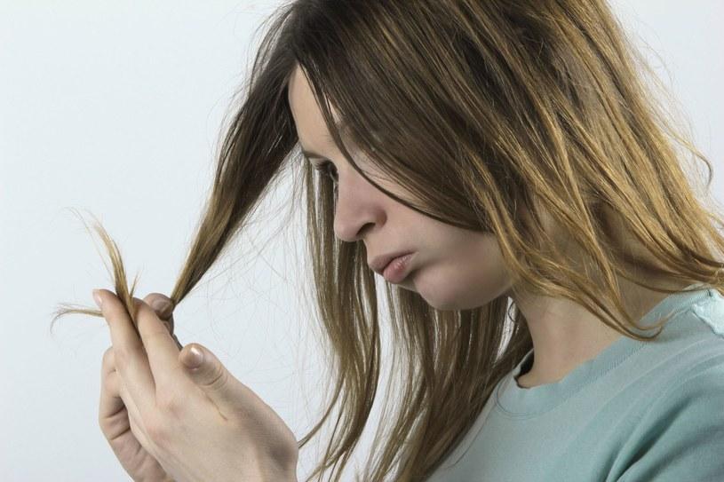 Zwróć uwagę na porowatość swoich włosów /123RF/PICSEL