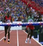 Zwycięska dwójka na mecie maratonu
