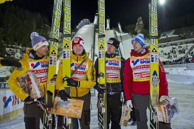 Zwycięzcy (od lewej): Andreas Kofler, Thomas Morgenstern, Martin Koch i Gregor Schlierenzauer /PAP/EPA