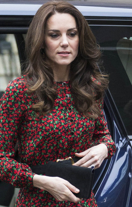 Zwykle blizna księżnej jest ukryta pod włosami /DAVID HARTLEY/REX/Shutterstock;  /East News