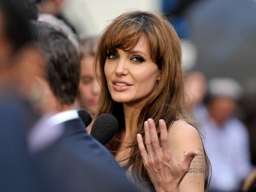 Życie Angeliny Jolie było od samego początku dość skomplikowane  /Getty Images/Flash Press Media