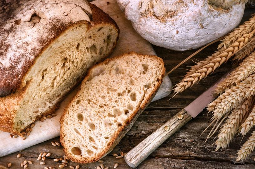 Życie bez chleba wydaje ci się zbyt trudne? Spróbuj go nie jeść najpierw przez tydzień /123RF/PICSEL