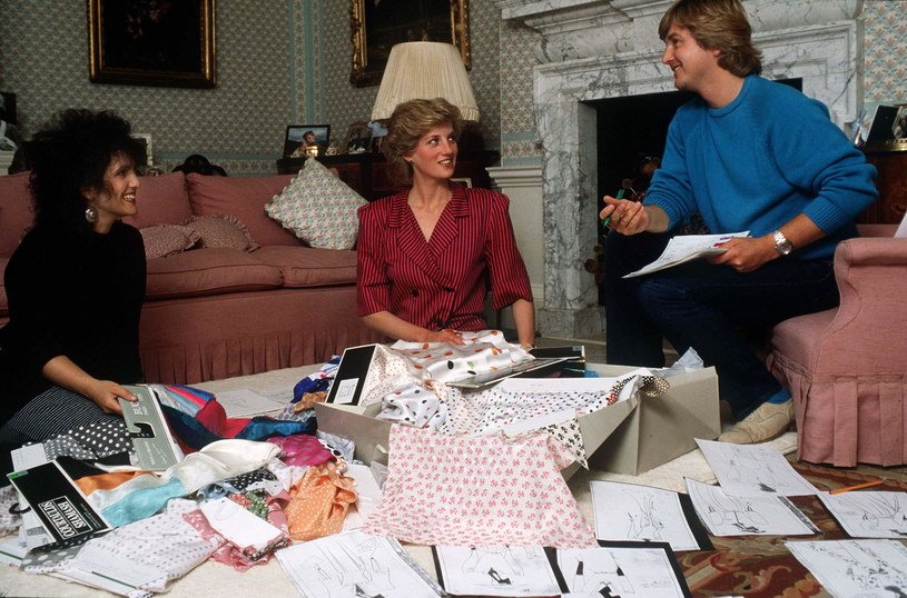 Żyjąc w pałacu księżna Diana starała się zajmować różnymi aktywnościami, jak chociażby urządzaniem apartamentów /Tim Graham /Getty Images
