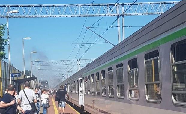 Żyrardów: Awaria pociągu TLK. Zapaliły się klocki hamulcowe