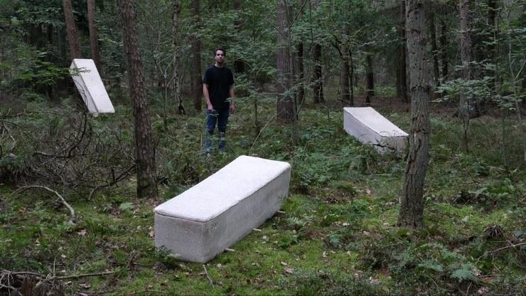 """""""Żywa trumna"""" z grzybnią to ekologiczna rewolucja na rynku funeralnym? /Facebook / Loop /Facebook"""